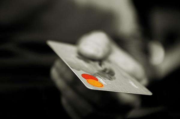 クレジットカード 持たないほうがいい デメリット